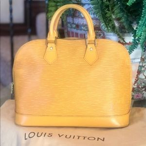 🥰BEAUTIFUL🥰 Louis Vuitton alma